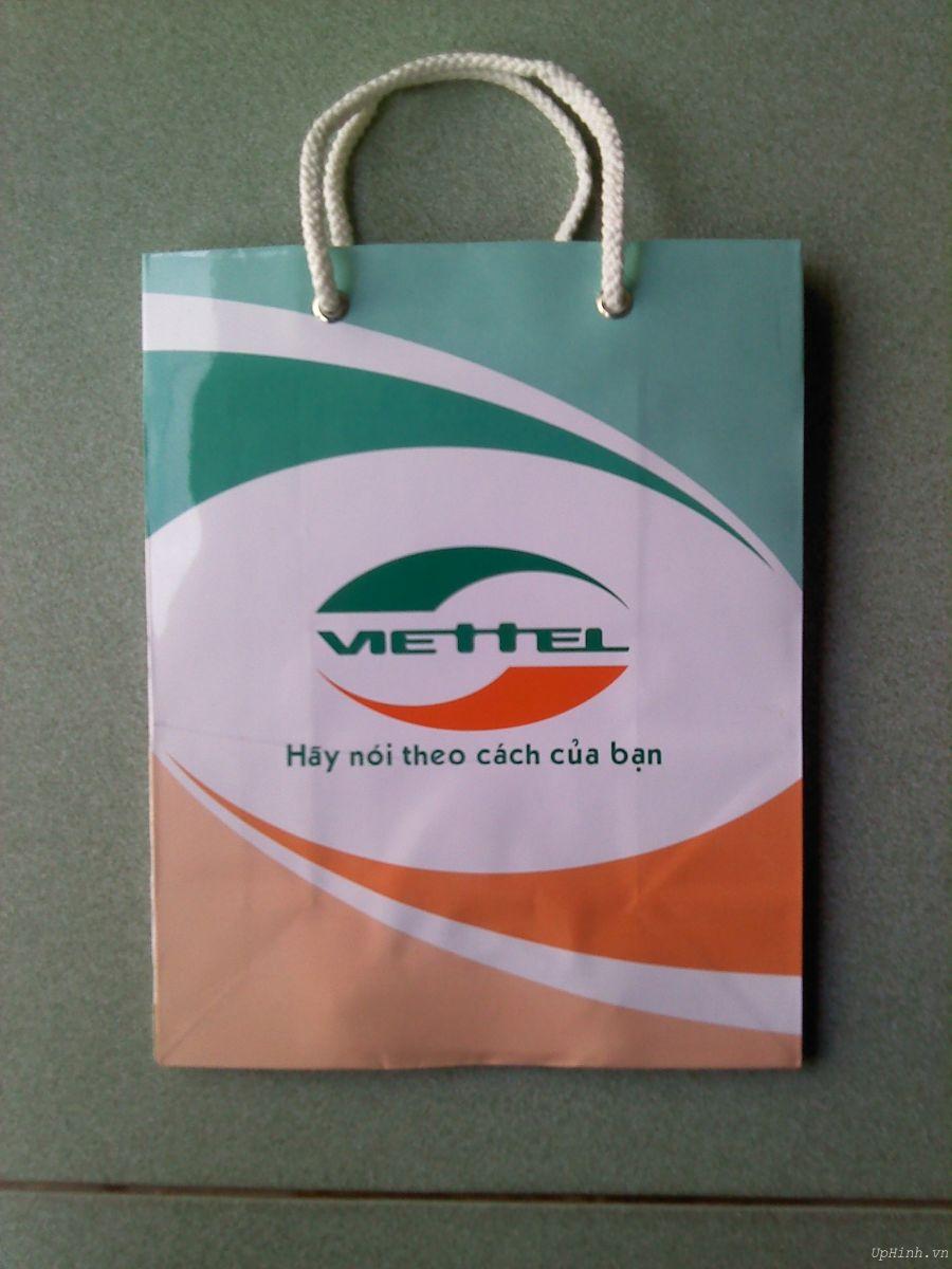 in túi giấy đựng điện thoại cho shop cửa hàng siêu thị
